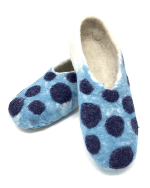 Load image into Gallery viewer, Mayu Handmade Felted Wool Slippers-Peruvian Nuna