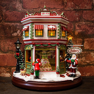 North Pole Candy Store and Bakery Light Up / Musical & Moving