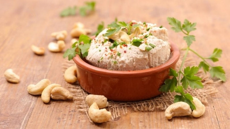 Garlic & Herb Cashew Cheese (Recipe)