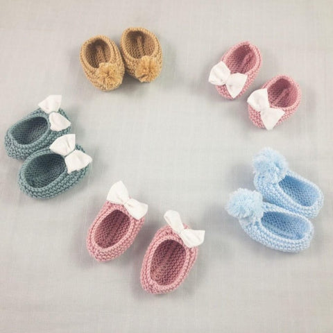 handmade knitted booties baby shoes