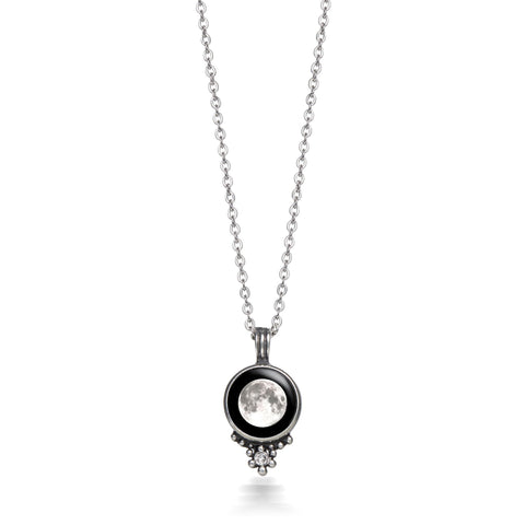 classic-swarovski-necklace-in-pewter-with-white-crystals
