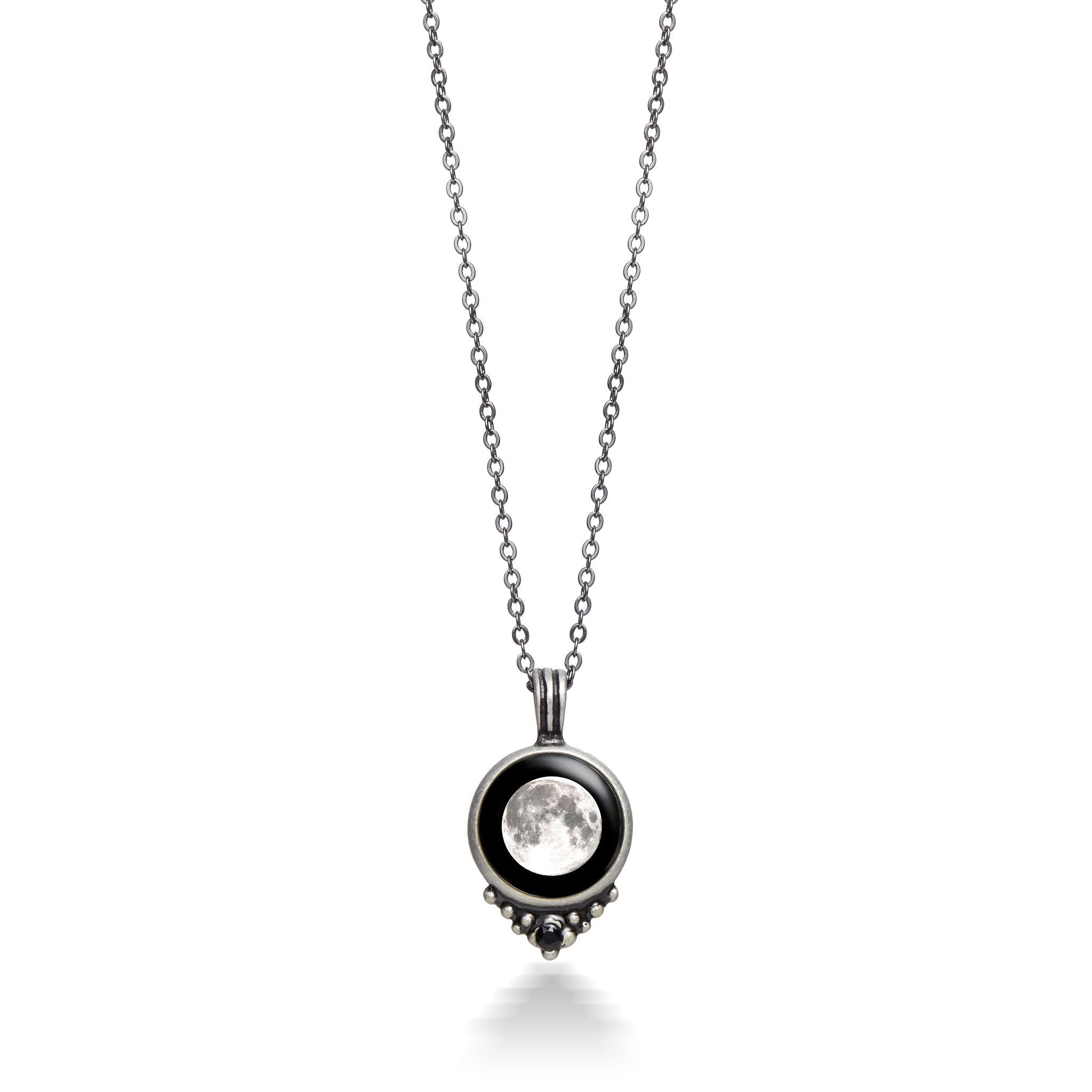 Classic Necklace with Black Crystal in Pewter