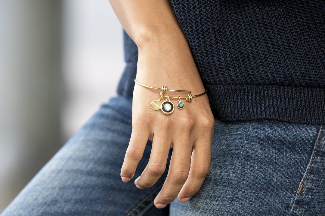 Birthstone Bangle Bracelet in Gold