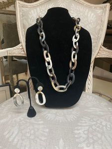 Unpolished horn necklace set