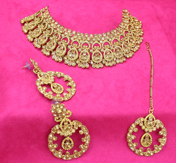 Stylish Austrian Diamond Alloy Choker Necklace Set with Tikka for Women
