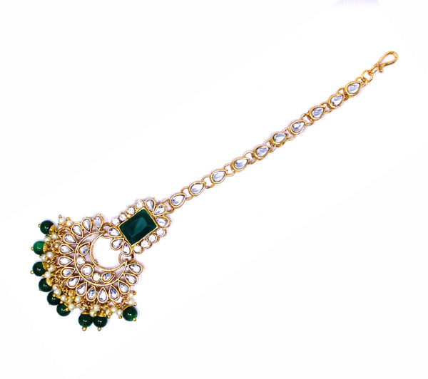 Trendy Kundan Choker Necklace Set