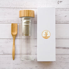 Load image into Gallery viewer, GLASS TEA INFUSER BOTTLE