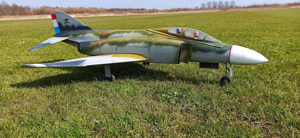 F4 Phantom - RC-builder