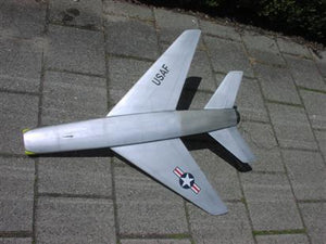 "F100 ""The Hun"" - RC-builder"