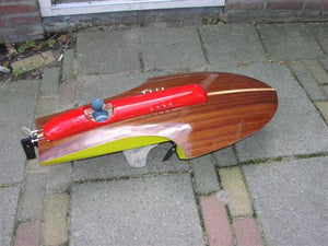"R700 ""Roundnose"" Boat kit - RC-builder"