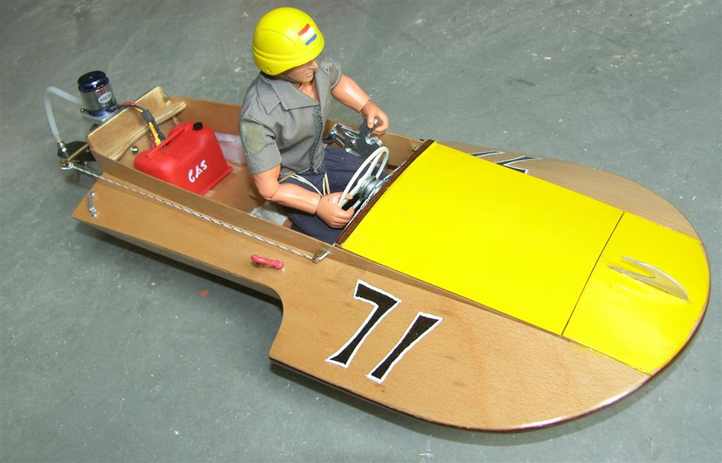 Saucy Shingle Boat kit - RC-builder