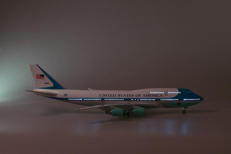 Tilion 47CM Airplane Model Toys Boeing 747 Air Force One Aircraft Model W Light and Wheel 1/150 Scale Diecast Plastic Resin Alloy Plane