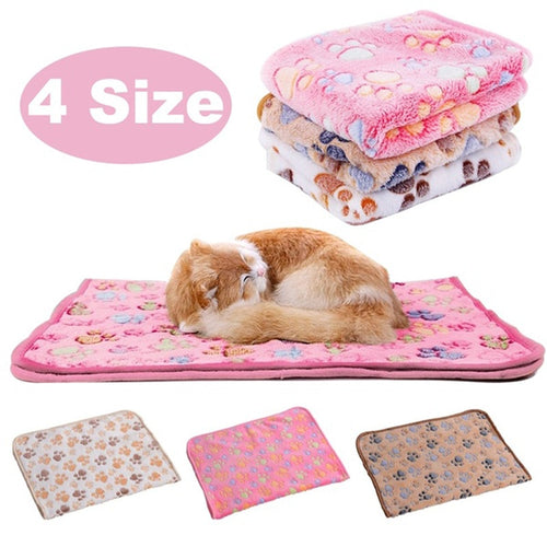 9 Colors Cute Paw Print Dog Towel Pet Dog Cat Sleep Warm Towl Puppy Kitten Fleece Soft Dog Blanket Bathrobe Beds Mat for Animals