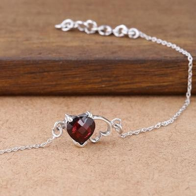 Heart shaped red garnet stone bracelet
