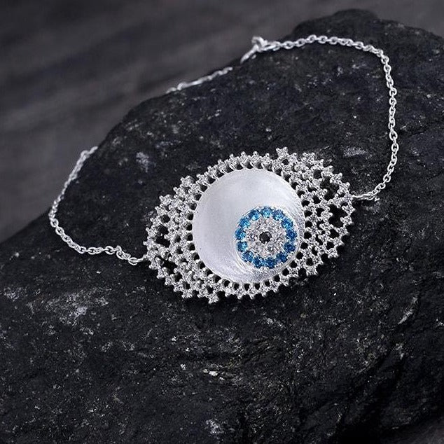 Evil eye bracelet in white zircon