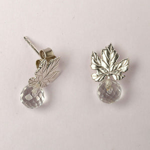 Sterling silver ivy leaf push back ear studs
