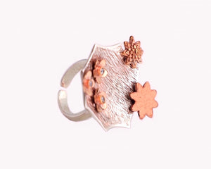 Mixed metal cocktail ring