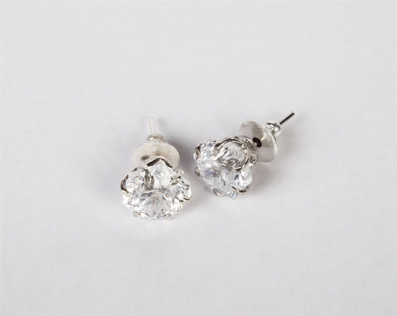 Snow crystal studs