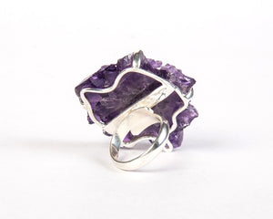 Back view of amethyst flower ring