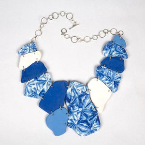 Shibori light weight neckpiece