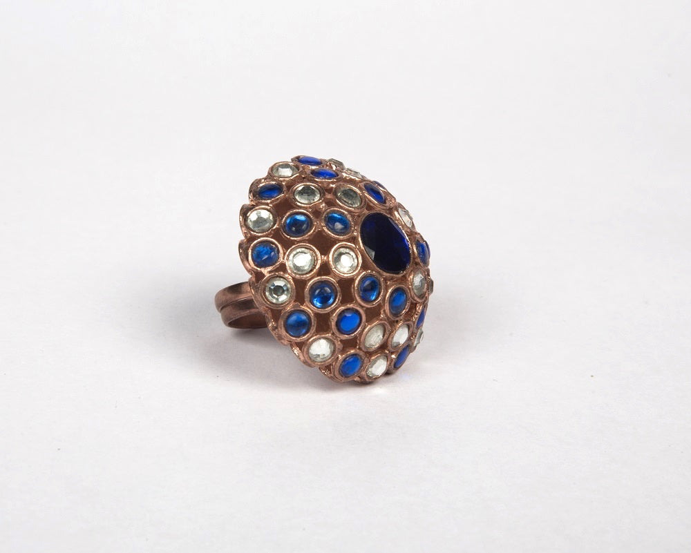Synthetic blue sapphire & silver kundan cocktail finger ring