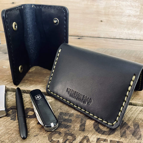 products/hand-made-leather-bifold-snap-wallet-14463770263652.jpg
