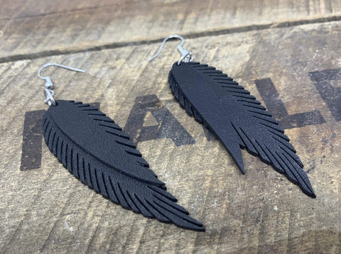 products/hand-made-leather-black-silver-double-feather-earrings-13339157758052.jpg