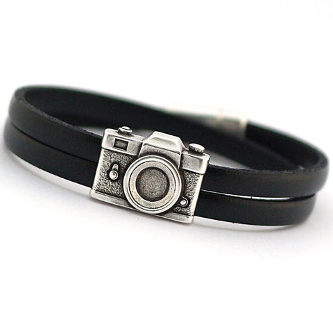 Gift for photography lover, gift for journalist, camera bracelet, Vintage Camera, gift for boyfriend, travel gift, leather accessories