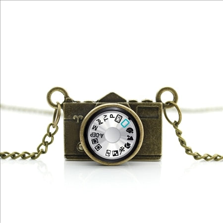 2017 New Arrived DIY Bronze Camera Pendant Photo Jewelry Glass Photographer Necklace Antique Camera Pendant NCA-013
