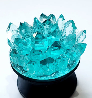 Short Crystal Cluster for Phonegrip