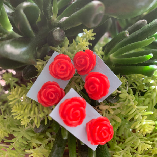 Tiny red roses stud Earrings-