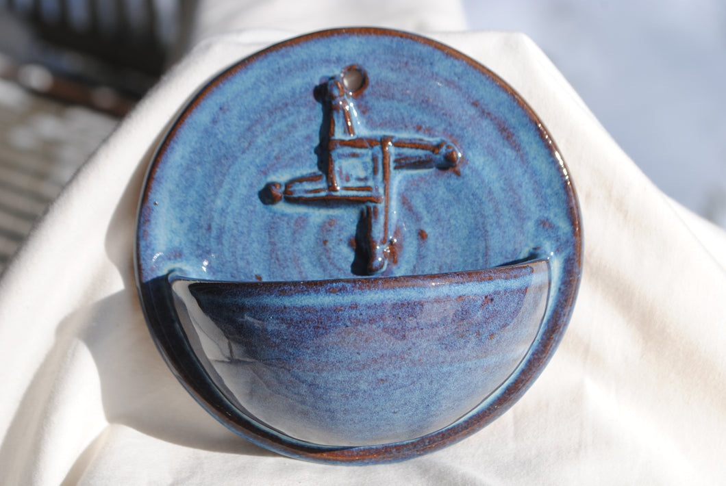 Light Rutile Holy Water Font with Saint Brigid's Cross Relief