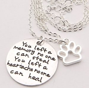 "Unisex Pet Memorial Pendant Necklace - ""You Left a Memory No One Can Steal"""