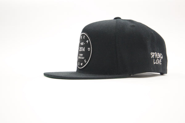 Spread Love Snapback Black