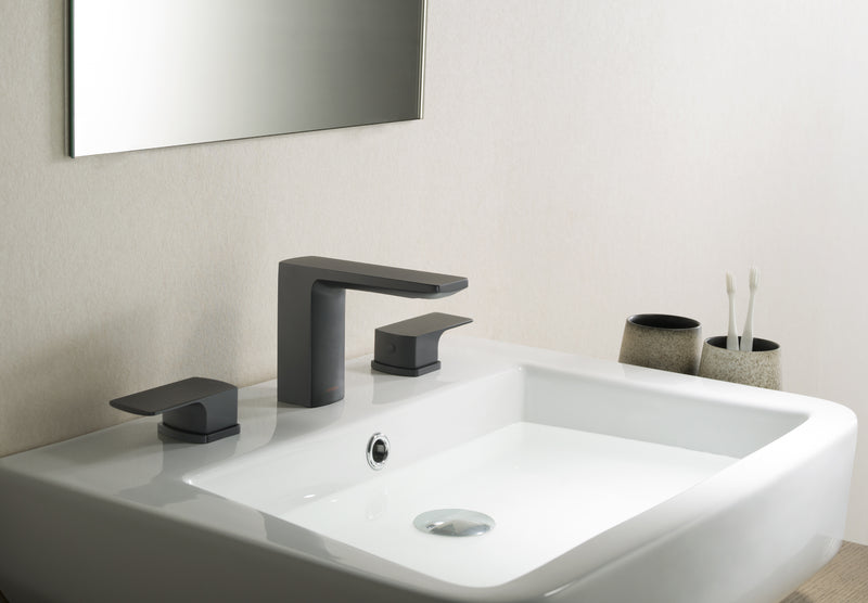 Barret Bathroom Faucet Set in Matte Black