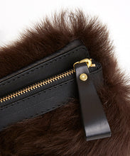 Load image into Gallery viewer, Fold Purse with Shoulder Strap / Brown Shearling & Black - (ki:ts)