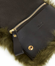 Load image into Gallery viewer, Fold Purse with Shoulder Strap / Olive Shearling & Black - (ki:ts)
