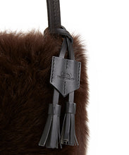 Load image into Gallery viewer, I-O Shearling Bucket - S / Brown Shearling & Black - (ki:ts)
