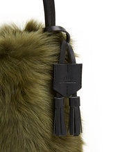 Load image into Gallery viewer, I-O Shearling Bucket - S / Olive Shearling & Black - (ki:ts)