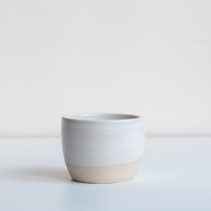 TEA BOWL / WHITE - DOR & TAN
