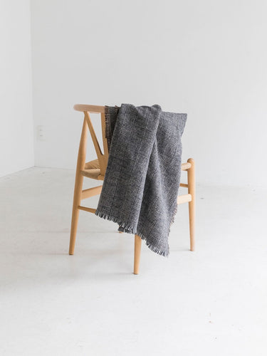 TONI Scarf / Black - THROW