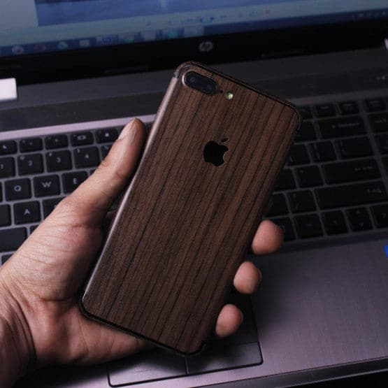 Wood Material Vinyl Phone Skin For Samsung A7 - Walnut Wood
