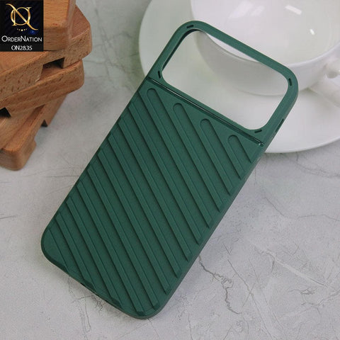 iPhone 11 Pro Max Cover - Green - New Stylish Diagonal lines Pattern Soft Case