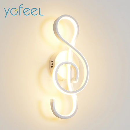 Treble Clef Wall Lamp