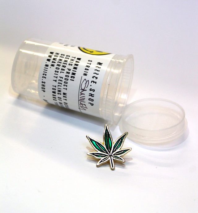 Niiice Pot Leaf Lapel Pin
