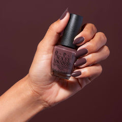 coffee brown nails