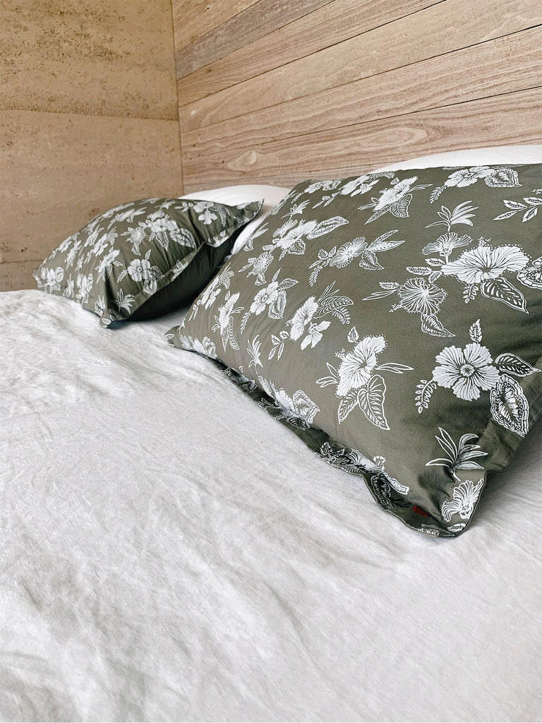 honolulu floral pillow pair | olive