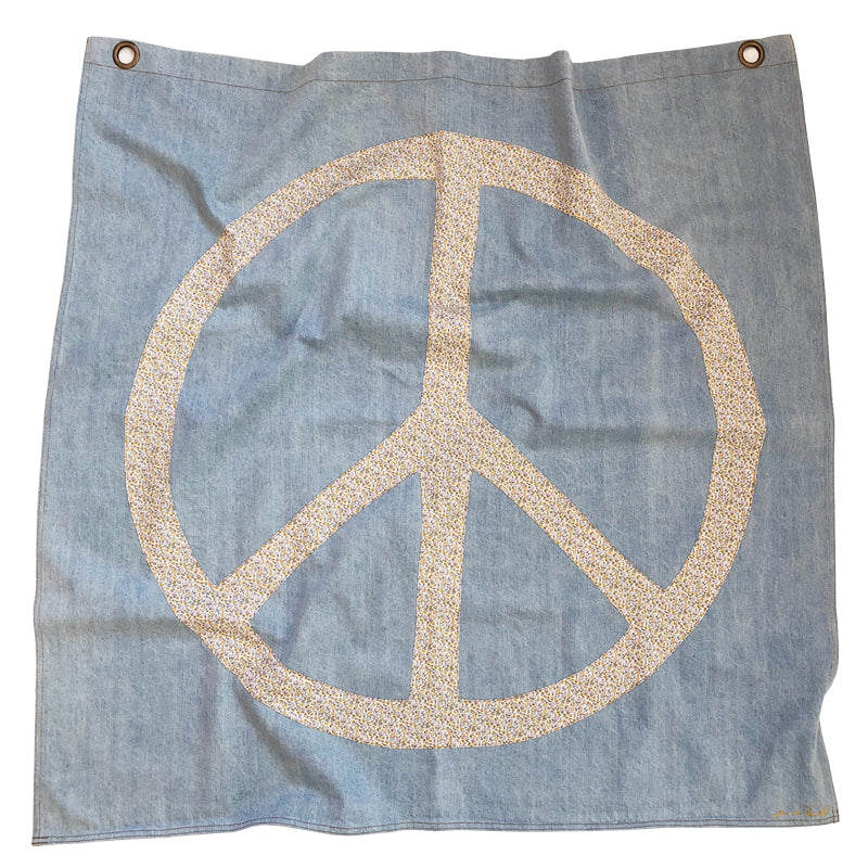 war is dumb! flag | ditsy denim