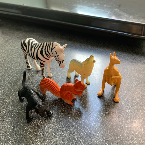 5 Pc Safari Animal Toppers assorted