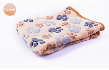 Load image into Gallery viewer, Floral Pet Warm Paw Printed Towl, Blanket - YourSmartPets